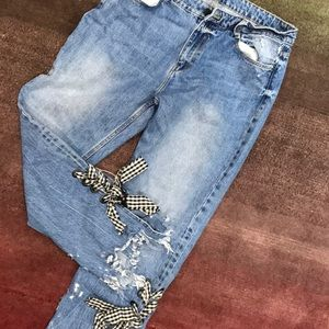 Lace up ankle jeans